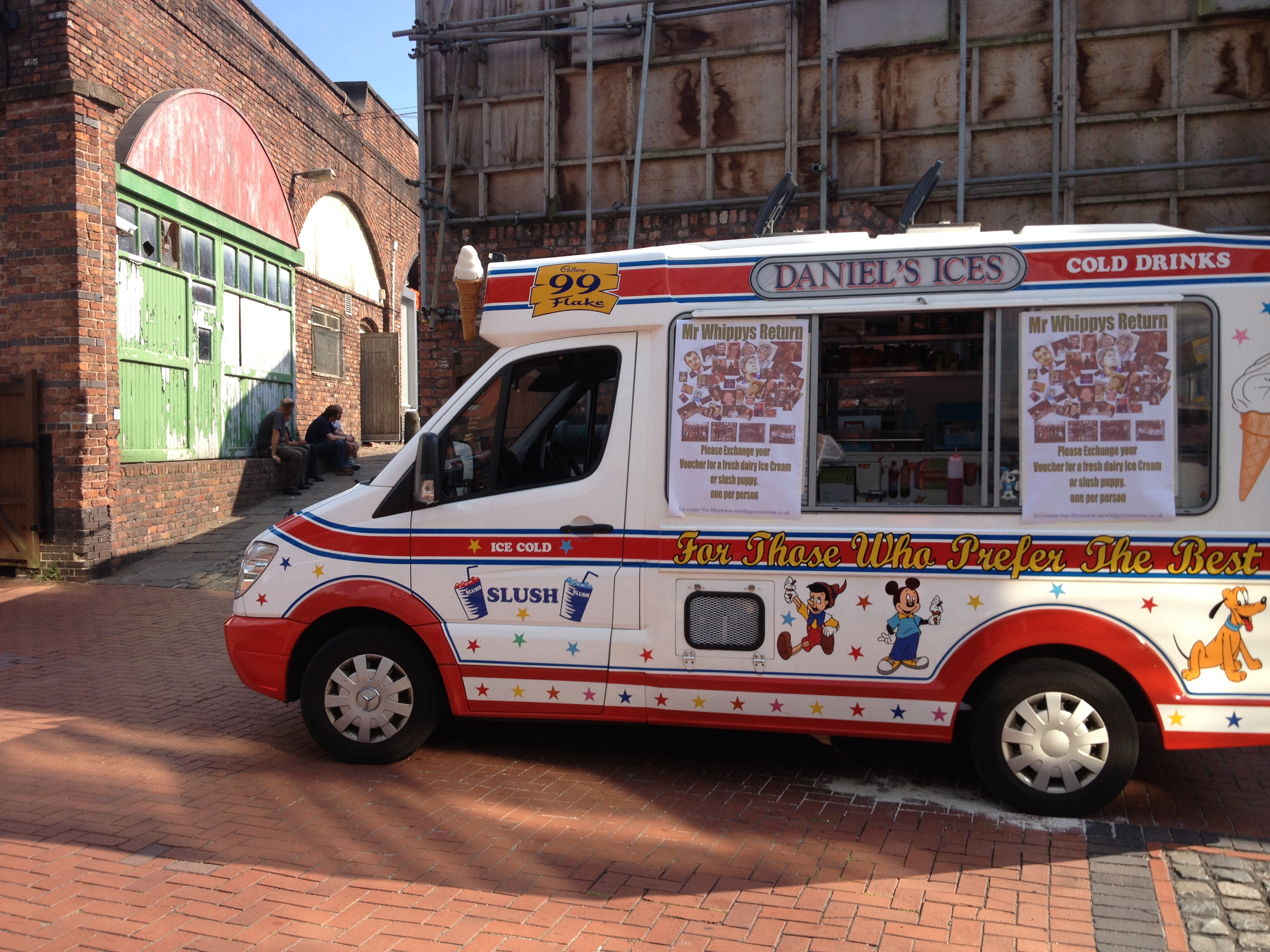daniel 39 s ices ice cream vans greater manchester. Black Bedroom Furniture Sets. Home Design Ideas