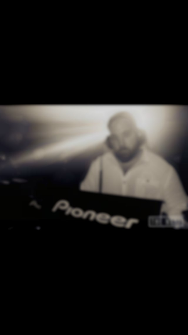 D.jing live at the nest club london
