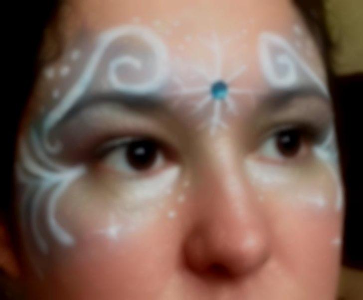 Frozen mask face art