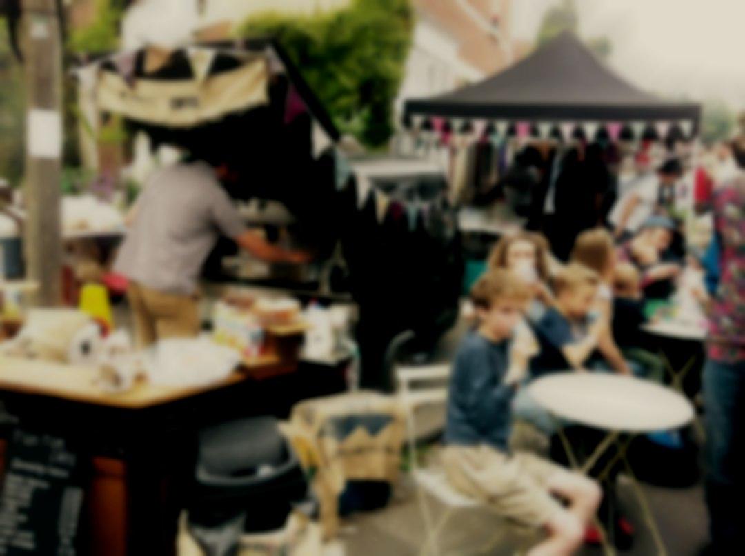 Tuk-tuk Cafe, coffee trader
