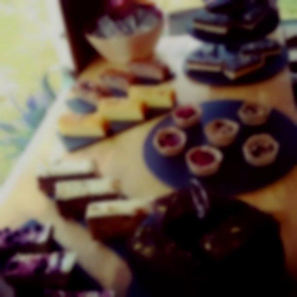 Vintage Doris Cakes
