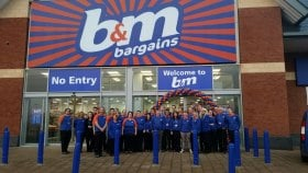 "B & M Opening Balloon Arch - with 5"" Balloons"