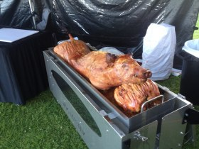Country Hog Roast - Professional roasted by chefs