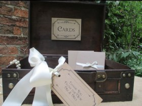 vintage suitcase for weddings