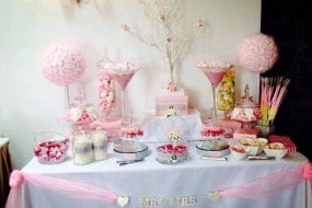 Candy Buffet in Pink - prices start from £2.00 per guest
