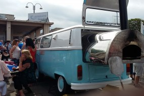 vw camper van , pizza