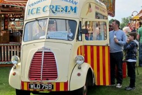Vintage Retro Ice Cream Van