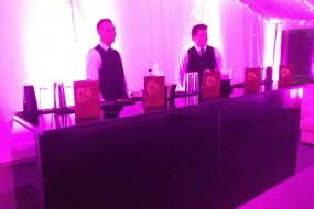 Cocktails bartenders Ready for action