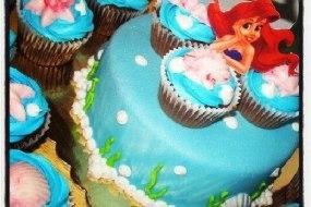 Disney Cake and Cupcakes