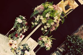 BHGS Floral table display vintage wedding