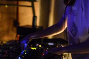 EQ Artists Agency DJ Booking