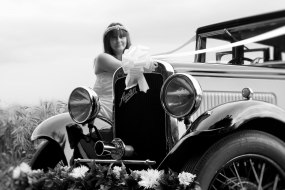 Love Vintage - The Little Wedding Car Co