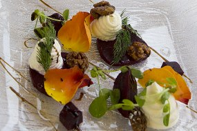 Goats cheese, candied walnut, beets & balsamic