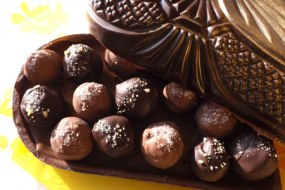 A Rainbow Organic Chocolates selection
