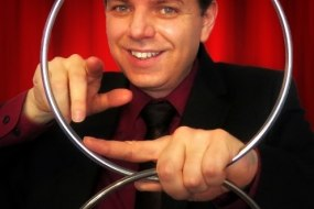 cabaret magician
