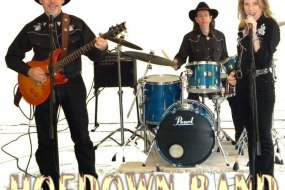 Country music from the UK's top country party band