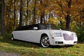 Chrysler Baby Bentley  8 seater Limousine