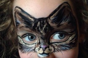 Tabby cat face paint