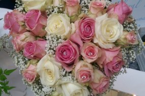 Scent with Love Heart Bouquet