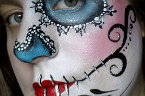 Magick Moments Face Painting and Inflatable Hire