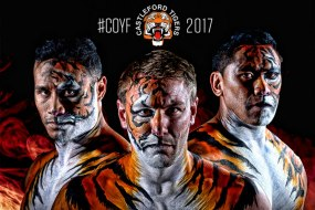 JuliaArts.co.uk face painting of the Castleford Tigers