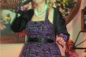 Anna Nightingale Singer