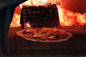 pizza post wood fired clay oven