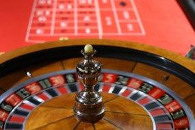hire a roulette table