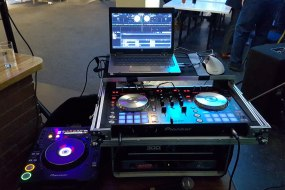 DJ decks for mobile disco Pioneer DDJ-SR