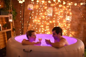 Super Hot Tub Hire - couple in a hot tub