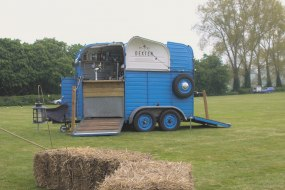 Ricey - Horse Box Bar for Weddings