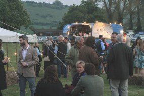 Horse Box Bar & Traditional Marquee