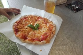 Margarita Pizza with Red Thai Sauce Wrexham Food and Drink Festival 2017