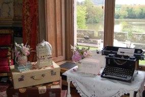 Vintage props include typewriters, vintage cases, customised bicycle, telegrams etc.