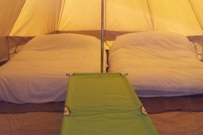 Simple Glamping bell tent setup for 7