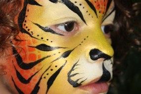 Donata's Face Painting -Tiger www.donatasfacepainting.co.uk