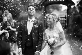 A cloud of confetti - church wedding in Oxfordshire