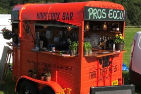 Three Tipsy Mates - Horsebox Bar & Events