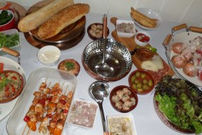 Laineys Catering