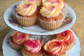 Swirly Pink & Cream Cupcakes