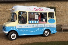 Lola Vintage Ice Cream Van