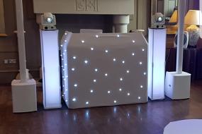 A Super clean modern all white setup