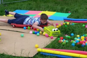 Aveling Adventure human hungry hippos