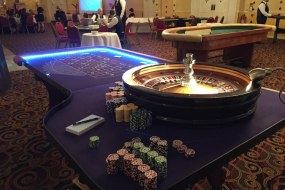 Full size professional light up roulette table