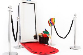Pic Me Up Photobooths