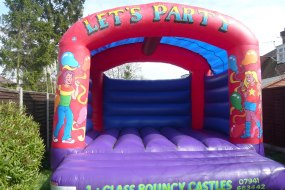Adult/family bouncy castle - great for teenage, adult or family parties