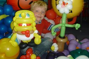 school,funday,balloons