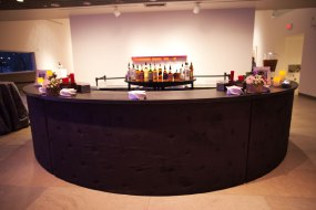 Curved event bar