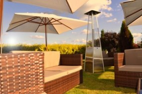 Large Parasols & Outdoor Heating