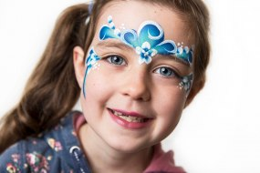 Girls Face Paint by Fey Faces Oxfordshire
